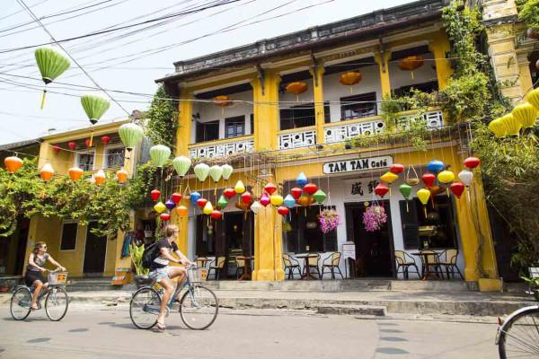 CYCLING TOUR: HO CHI MINH CITY - TRA VINH - CAN THO - DA NANG - HOI AN - HUE - NINH BINH - HANOI