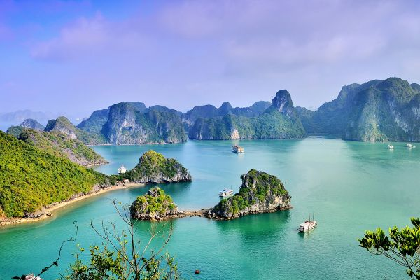 Three interesting facts about the shape of Vietnam