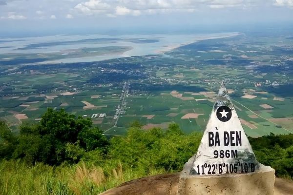 Tay Ninh - Where Profound Stories Are Recounted in a Day's Time