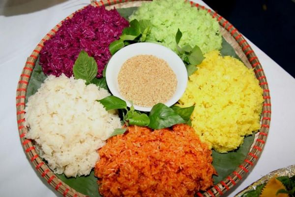 How Sticky Rice Chronicles the Vietnamese Life Story