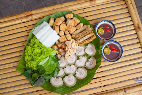 What's so attractive in Hanoi vermicelli with fried tofu & shrimp paste